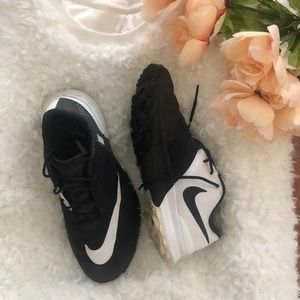 Nike Black and white large swoosh sneakers 7.5